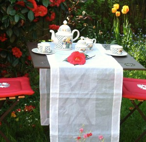 Tea Time Couple Jardin